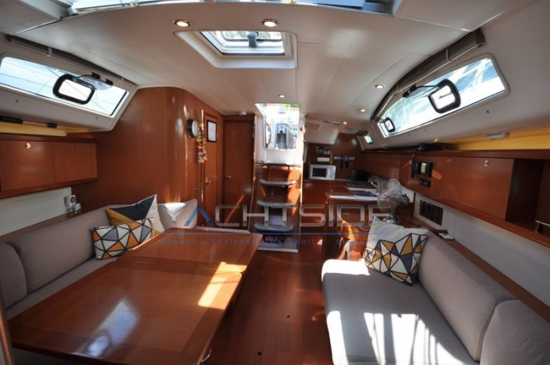 BENETEAU OCEANIS 40photo 9