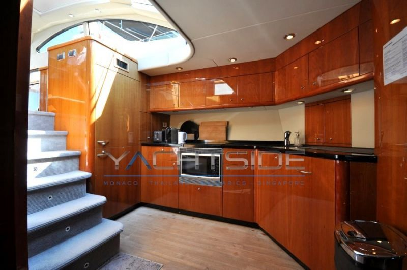 SUNSEEKER PREDATOR 62photo 13
